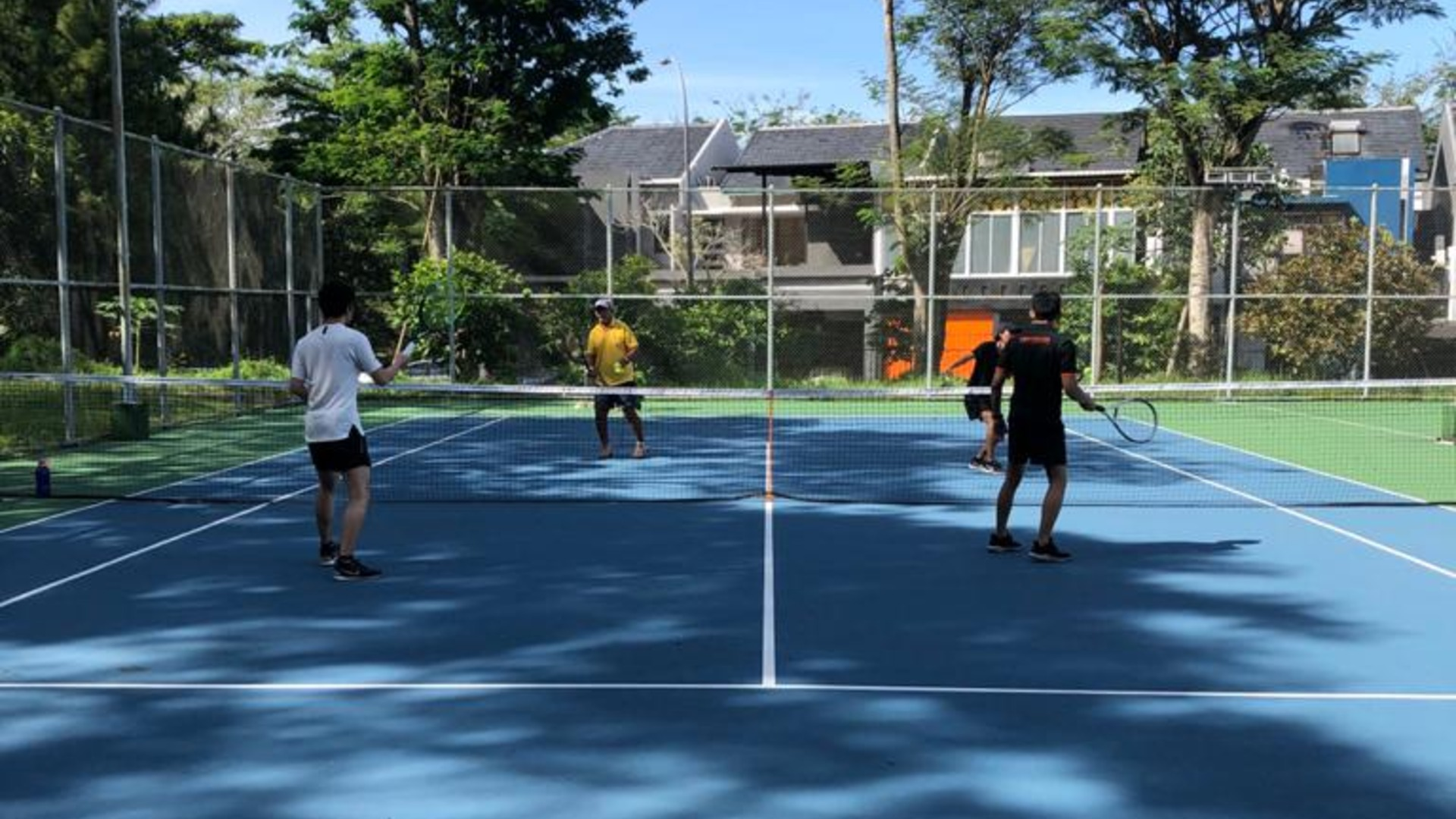 Tenis For Intermediate at The Green BSD Tenis Court
